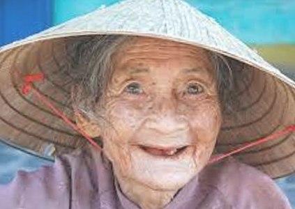 Mujer anciana-china